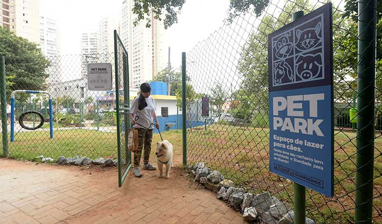 Pet Park - Julio Fracalanza